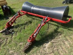 "Freeform MT2000 hydraulic swath roller. Rear axle mount, hyd lift, adjustable (6' to 10').  Mounts 66"" wide on centre."
