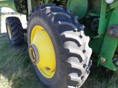 Factory duals kit for JD STS combines. With axle & ladder ext'ns, spacers & hardware, and Goodyear 520/85R42 tires (6/10).