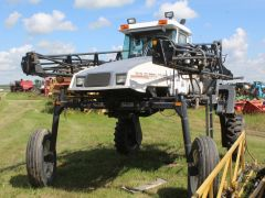 Melroe Spra-Coupe 3630 Sprayer (Salvage Parts)