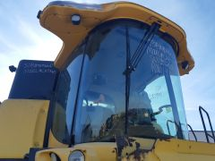 New Holland CX840 Combine Cab